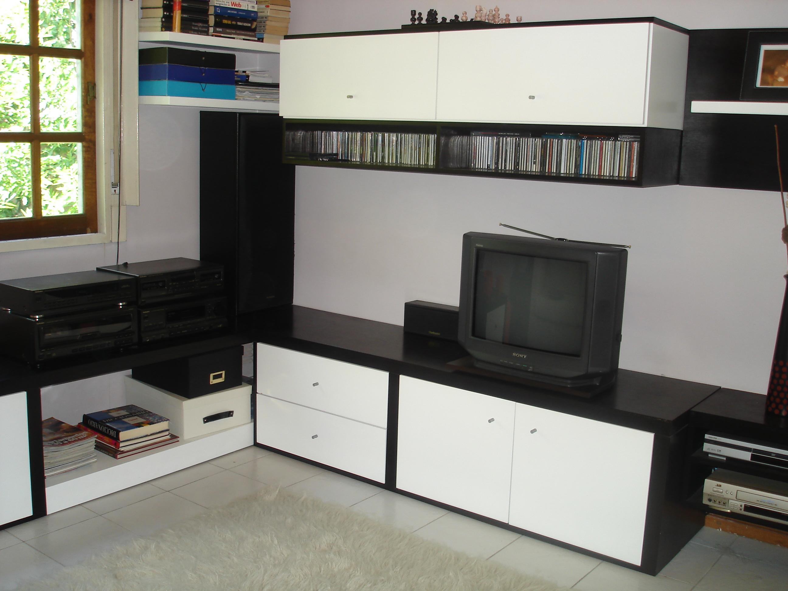 Muebles para living y dormitorio departamento godoy cruz for Casa muebles palermo